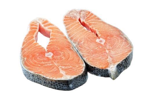 Die empfohlene Menge an Omega-3-Fettsäuren beträgt zwischen 2 und 3 Gramm pro Woche.