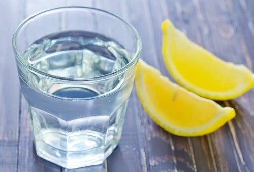 Heilmittel mit Zitrone