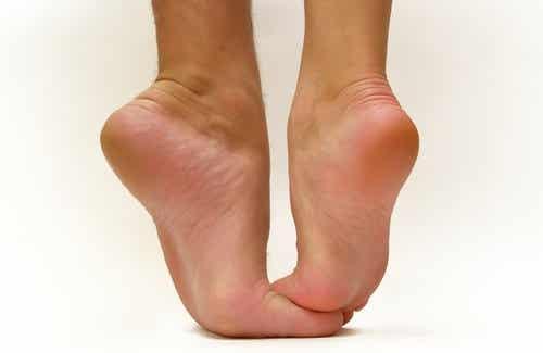 Stöckelschuhe, schlecht für unsere Füße