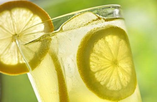 Die Zitrone - ein ausgezeichnetes Hausmittel