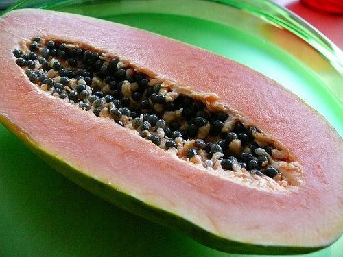 Papaya ist lecker und gesund
