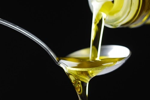 Pflegende-Pflanzenöle