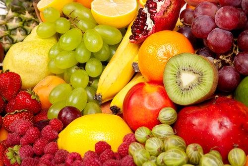Warum sollten Früchte auf leeren Magen gegessen werden?