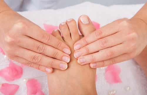 Hausmittel für eine perfekte Fußpflege