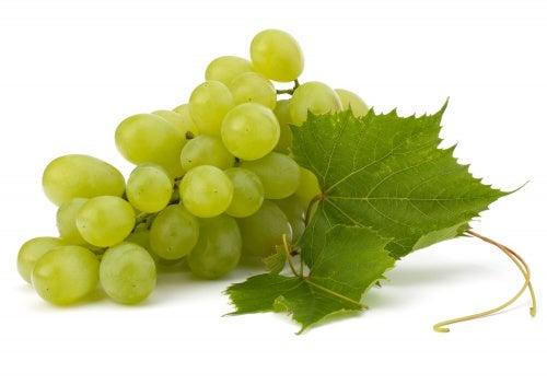 Vorteile von weißen Trauben und warum der tägliche Genuss von Trauben so gesund ist