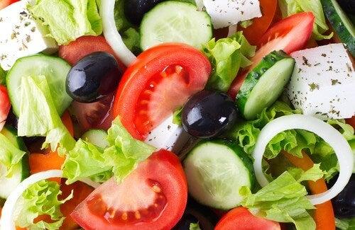 Salate: Tipps und Rezepte zum Abnehmen
