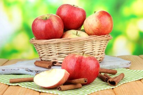 Früchte, die entgiftend wirken: Äpfel