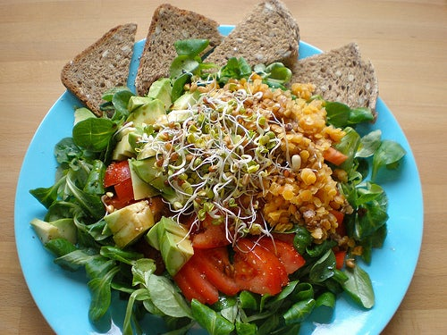 Vollwertiges Salat