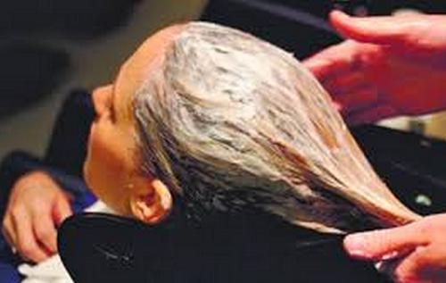 Haare jucken im bett