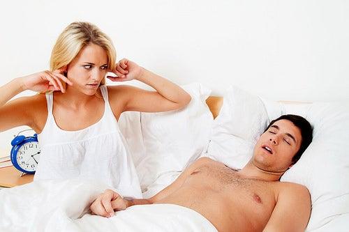 schlafapnoe-schnarchen