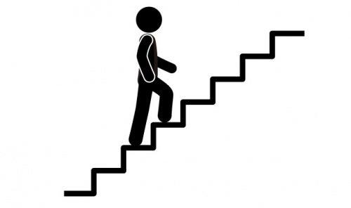 Treppensteigen und andere Übungen gegen Bauchfett