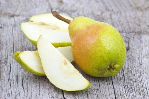 Birnen um Gastritis zu bekämpfen