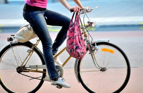 Menstruationstassen sitzen auch bei Sport