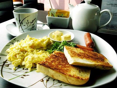 Frühstücken-hilft-Ihnen-dabei-Kraft-zu-haben
