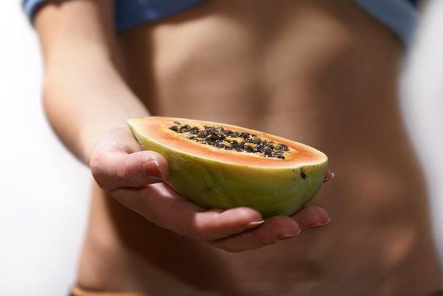 Wie man Papayasamen nimmt, um Gewicht zu verlieren