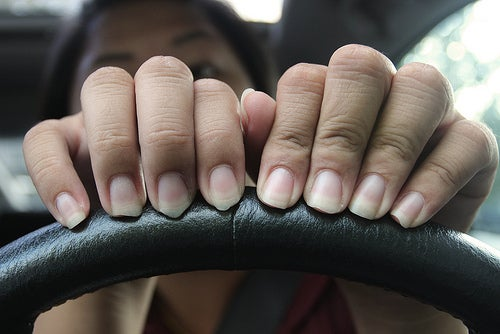 Auch Fingernägel profitieren von regelmäßiger Handpflege