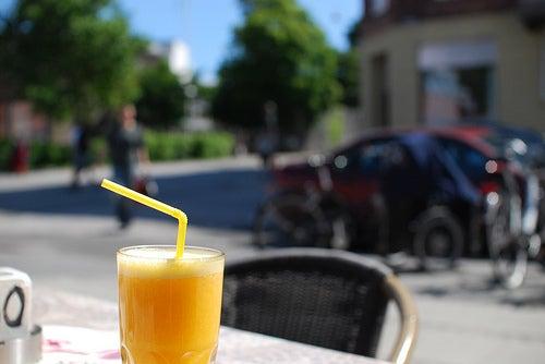 abnehmen-Orangensaft