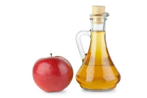 Besenreiser natürlich behandeln mit Apfelessig