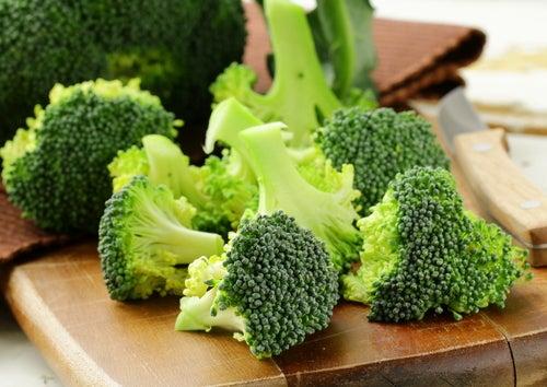 Brokkoli ist ein hilfreiches Nahrungsmittel gegen Asthma