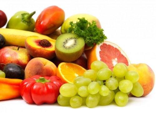 Iss ausreichend Obst, denn Vitamine stärken dein Immunsystem
