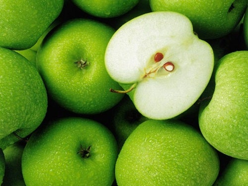 5 Getränke zur Leberentgiftung: Apfelsaft