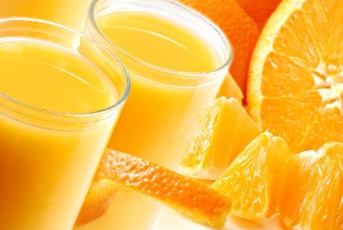 Saft aus Zitrusfrüchten