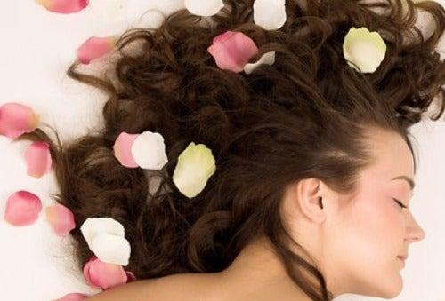 Natürliche Düfte für unser Haar