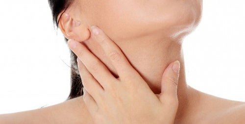 Tipps gegen Falten am Hals