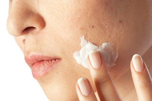 Einmonatige Kur gegen Hautunreinheiten