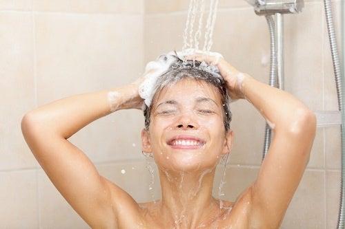 Ist es schädlich, täglich zu duschen?