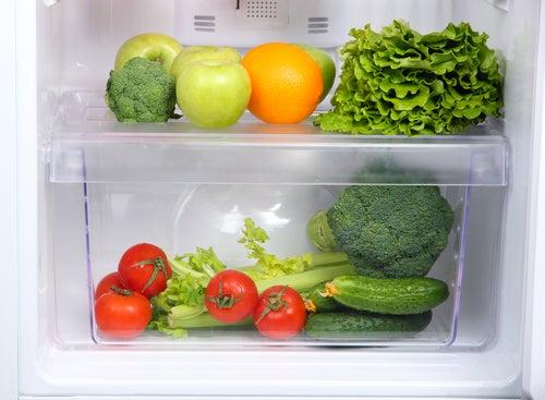 Besser nicht in den Kühlschrank: Tipps zur Aufbewahrung von Lebensmitteln