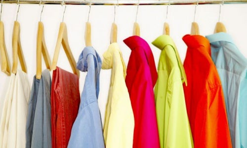 Tipps gegen Achselgeruch: Die richtige Kleidung hilft