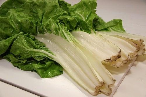 mangold-gemüse-zahlreiche-nährstoffe