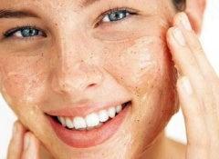 5-Tipps-für-eine-perfekte-Gesichtshaut