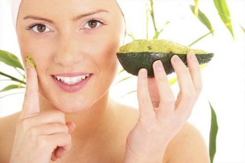 Avocad-Gesichtsmaske