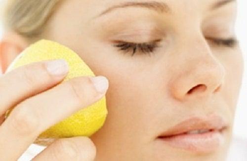 Zitrone-Bleichmaske