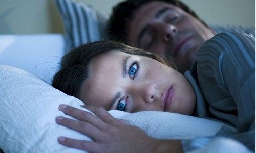10 kuriose Dinge die im Schlaf passieren