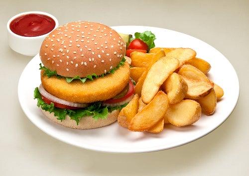Burger und Pommes sorgen dafür, dass du nach dem Essen müde bist