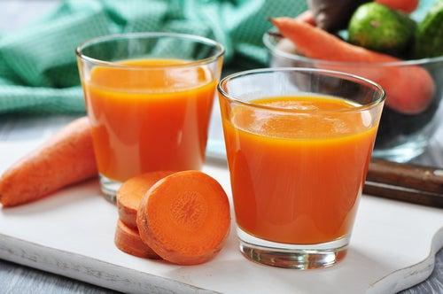 Karottensaft gegen Gicht