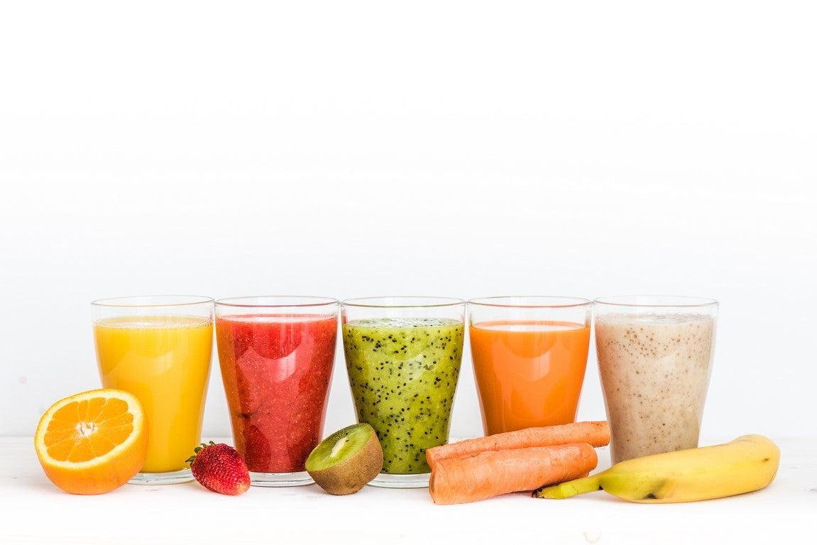 5 Säfte / Smoothies gegen Bauchweh