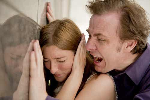 5 Dinge, die du in einer Beziehung nicht zulassen solltest