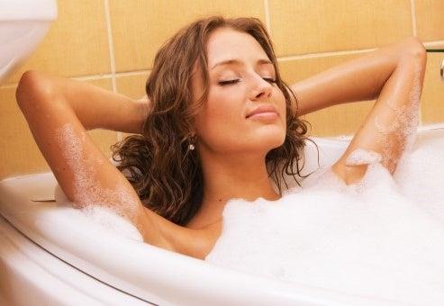 Was tun bei Schlaflosigkeit? Bad nehmen