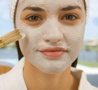 Hausgemachte Maske für fettige Haut