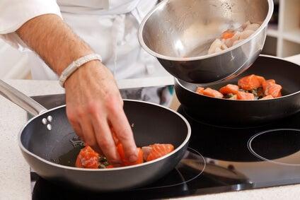 Sind Plastik und Teflon in der Küche gesundheitsschädlich?