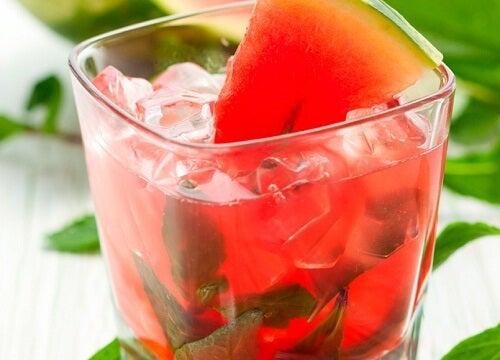 Abnehmen: 4 natürliche und leichte Getränke