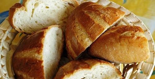 8 Möglichkeiten, hartes Brot zu verwenden