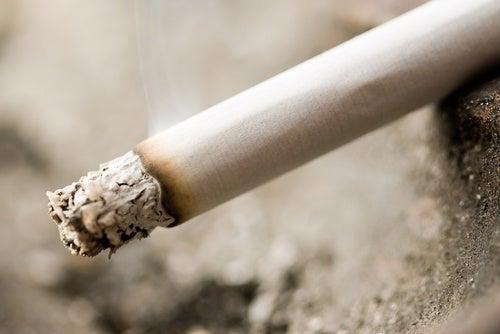 Zigaretten mit Giftstoffen