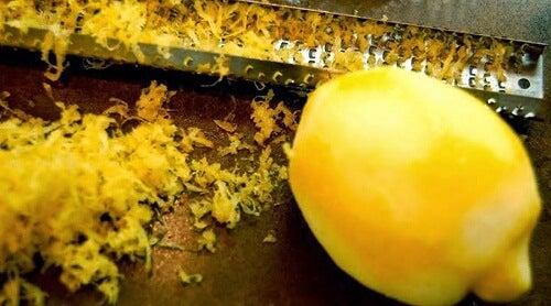 Anwendungsmöglichkeiten der Zitronenschale