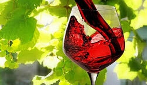 Ist ein Glas Rotwein genauso herzgesund wie eine Stunde Sport?
