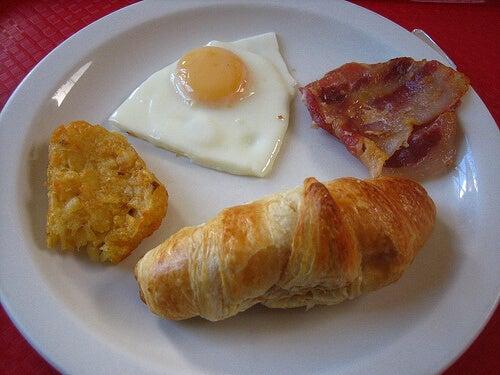 Eine fettreiche Ernährung gefährdet die Gesundheit der Eierstöcke